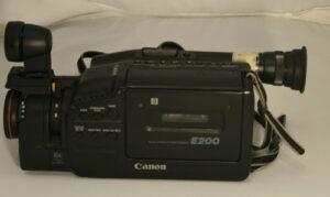 Canon video cam E200