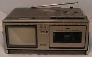 Hitachi TV-Radio-Casett-Recorder  TP-240