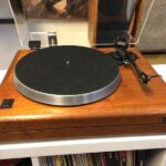 AR Acoustic Research Legend turntable