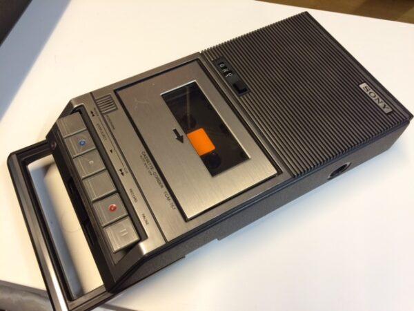 Sony TCM 757